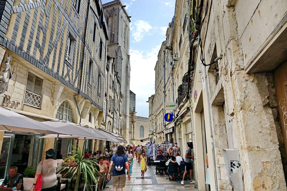[Vie des Ports ] Port de La Rochelle  - Page 5 Dsc06760