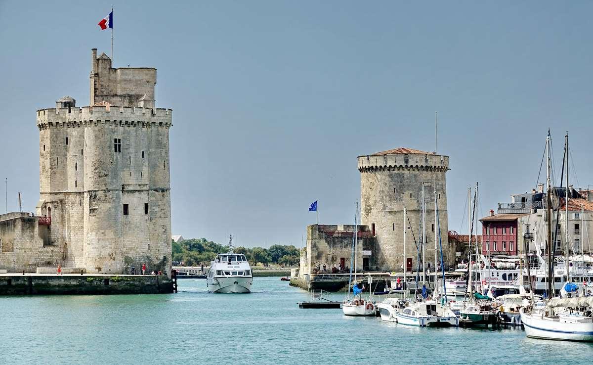 [Vie des Ports ] Port de La Rochelle  - Page 5 Dsc06769