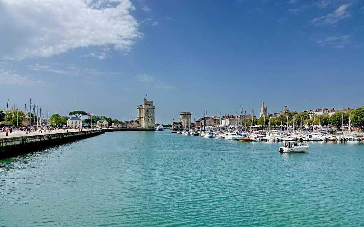 [Vie des Ports ] Port de La Rochelle  - Page 5 Dsc06770