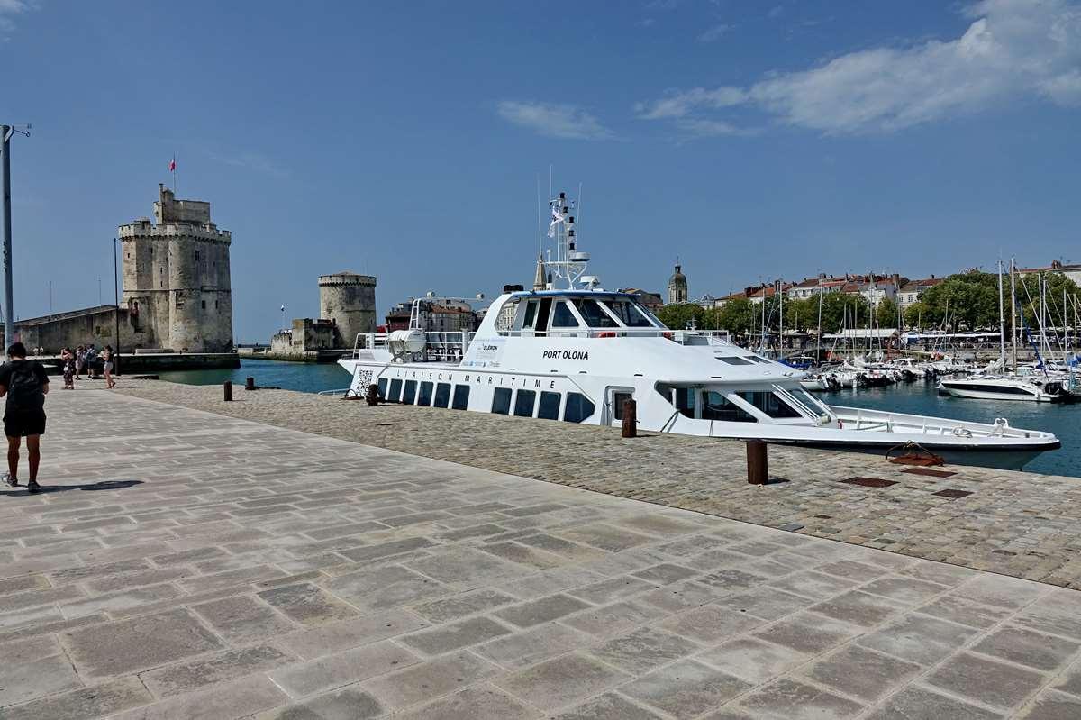 [Vie des Ports ] Port de La Rochelle  - Page 5 Dsc06776