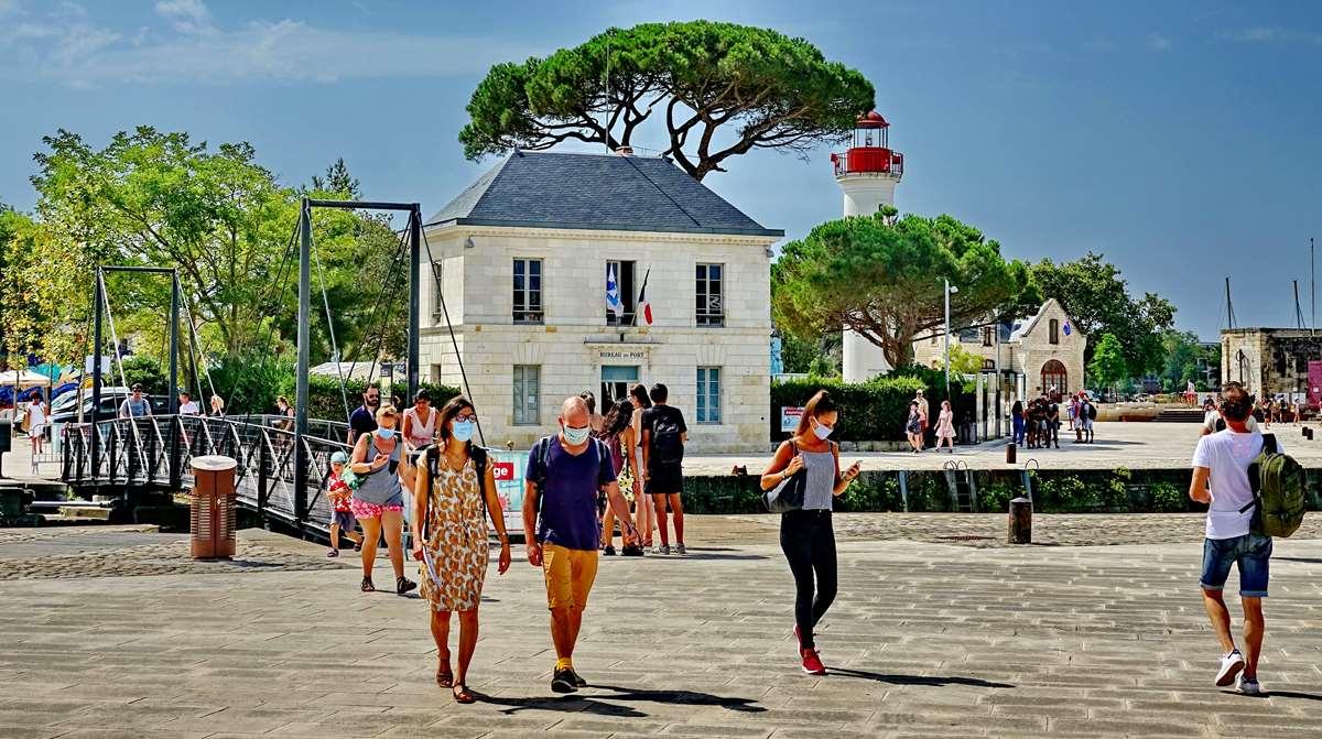 [Vie des Ports ] Port de La Rochelle  - Page 5 Dsc06777