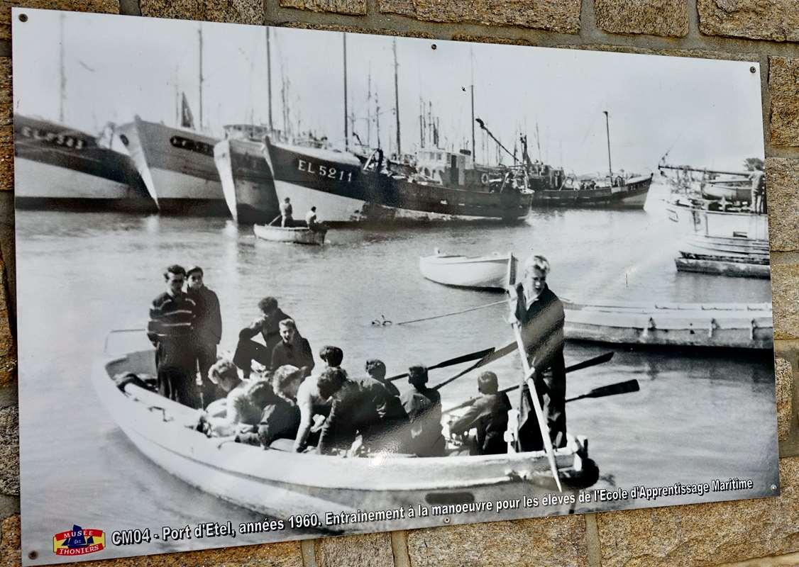 [Vie des ports] Etel d'aujourd'hui et son histoire de la pêche au thon - Page 2 Dsc06857