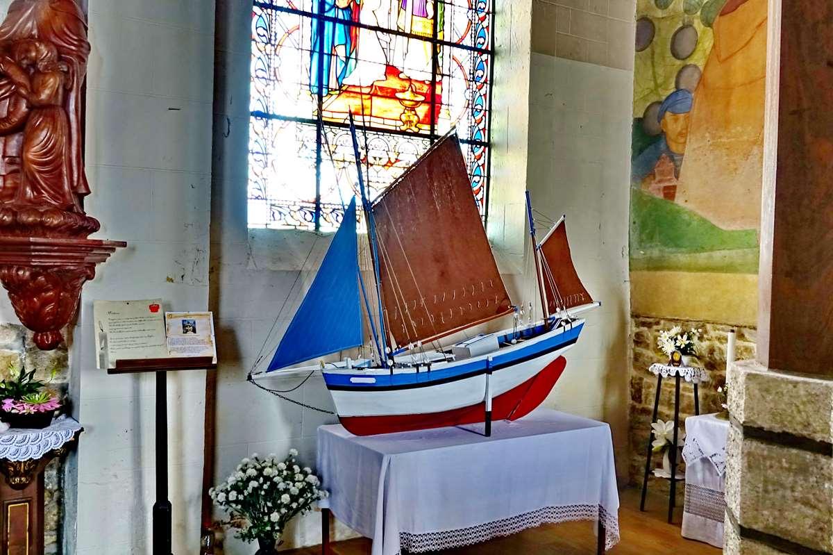[Vie des ports] Etel d'aujourd'hui et son histoire de la pêche au thon - Page 3 Dsc06995