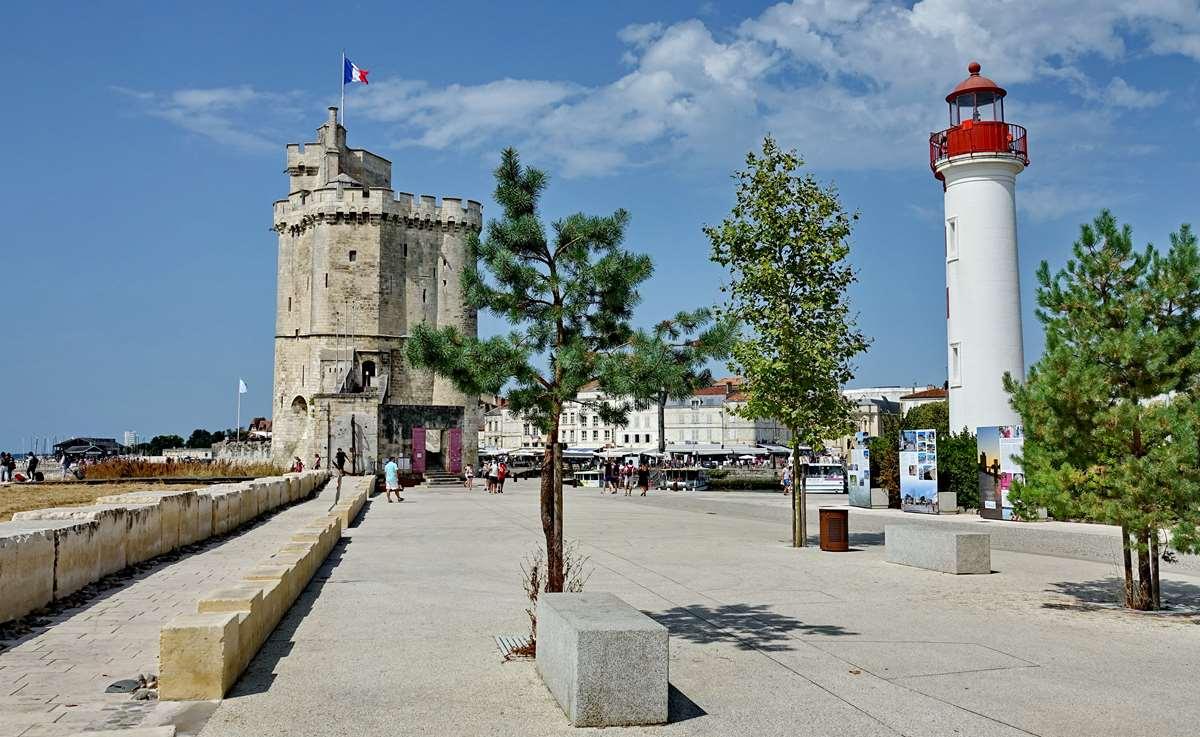 [Vie des Ports ] Port de La Rochelle  - Page 5 Dsc07064