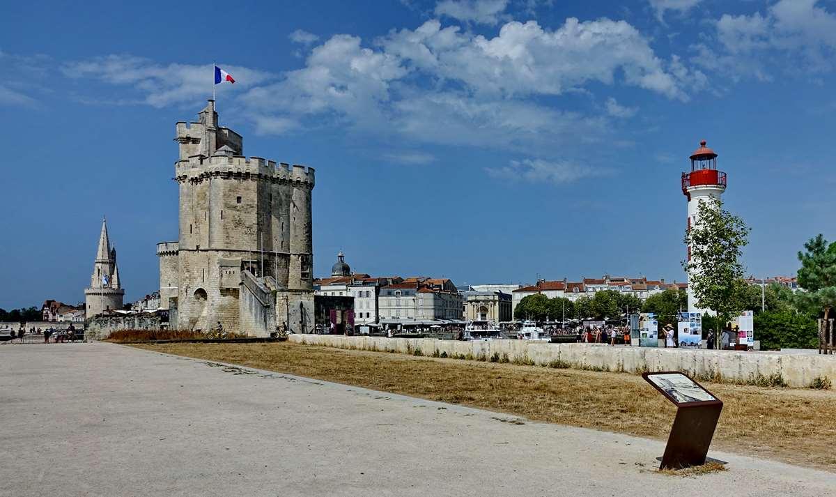 [Vie des Ports ] Port de La Rochelle  - Page 5 Dsc07068