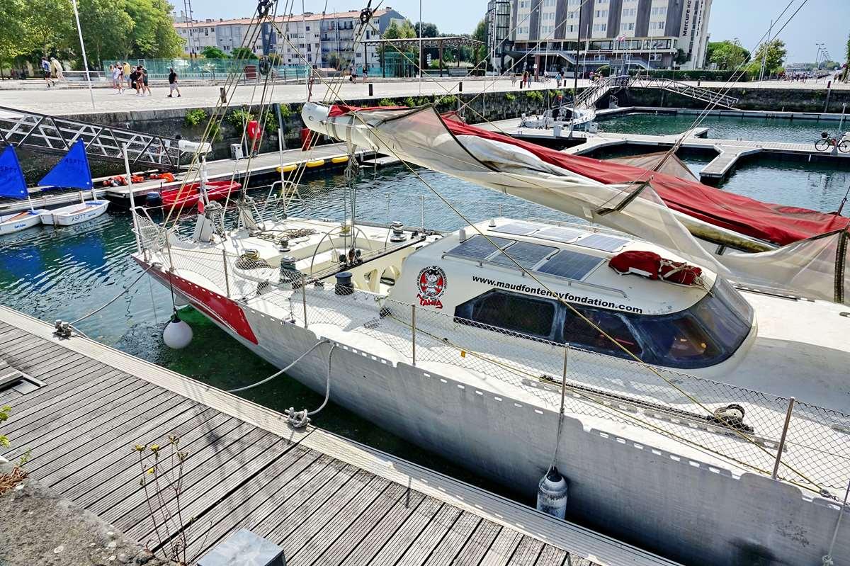 [Vie des Ports ] Port de La Rochelle  - Page 5 Dsc07072
