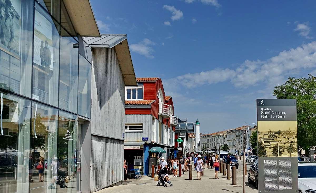 [Vie des Ports ] Port de La Rochelle  - Page 5 Dsc07076