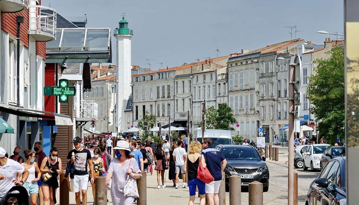 [Vie des Ports ] Port de La Rochelle  - Page 5 Dsc07078