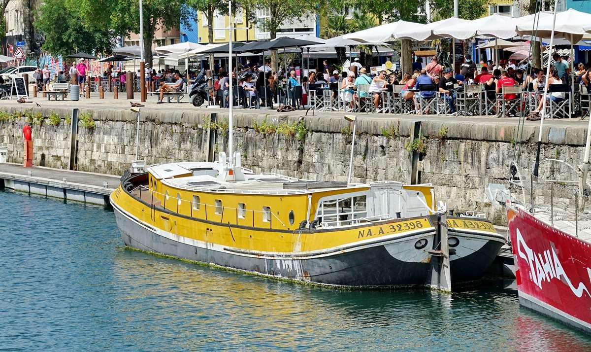 [Vie des Ports ] Port de La Rochelle  - Page 5 Dsc07087