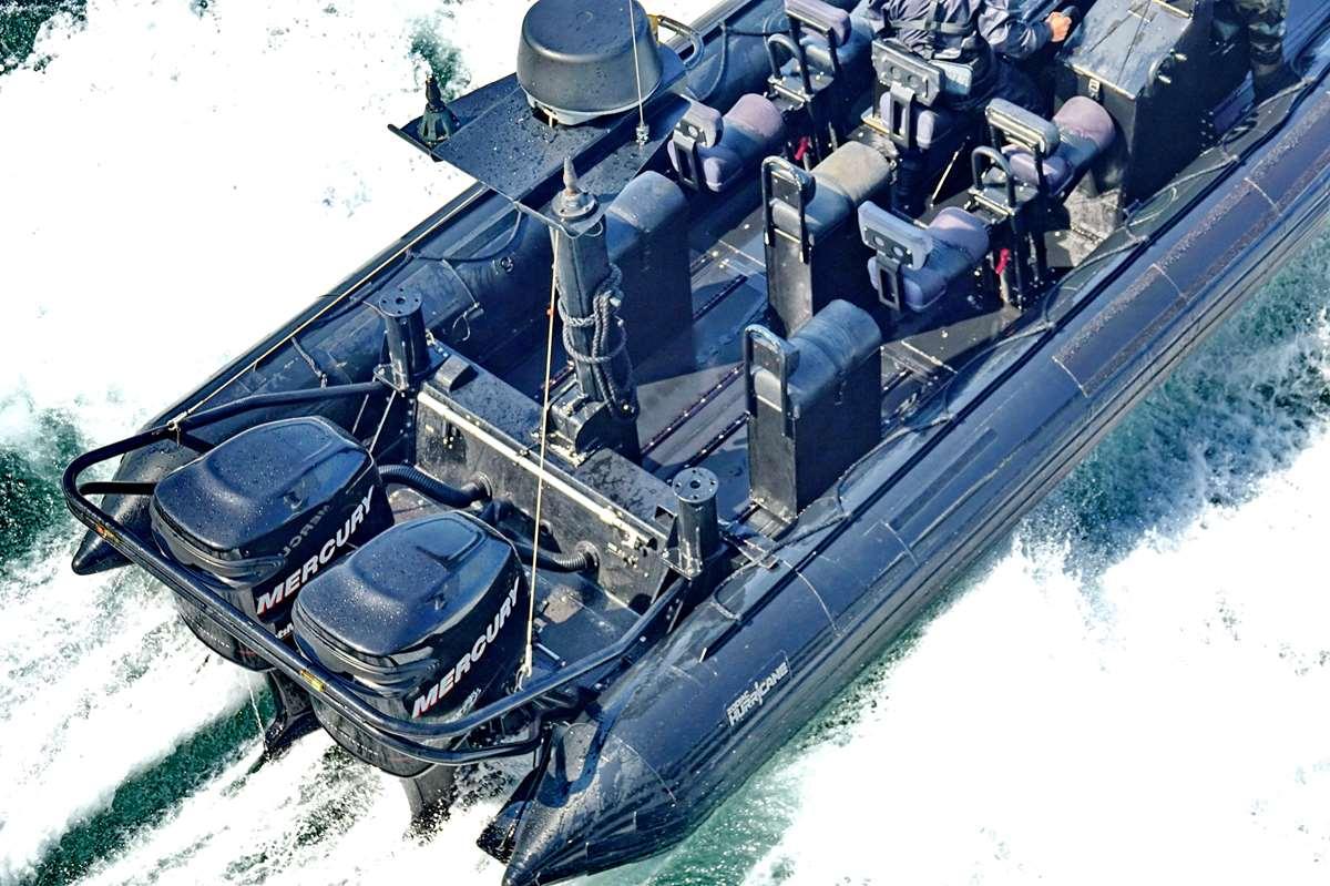 [Les ports militaires de métropole] Port de LORIENT - TOME 1 - Page 17 Dsc07965