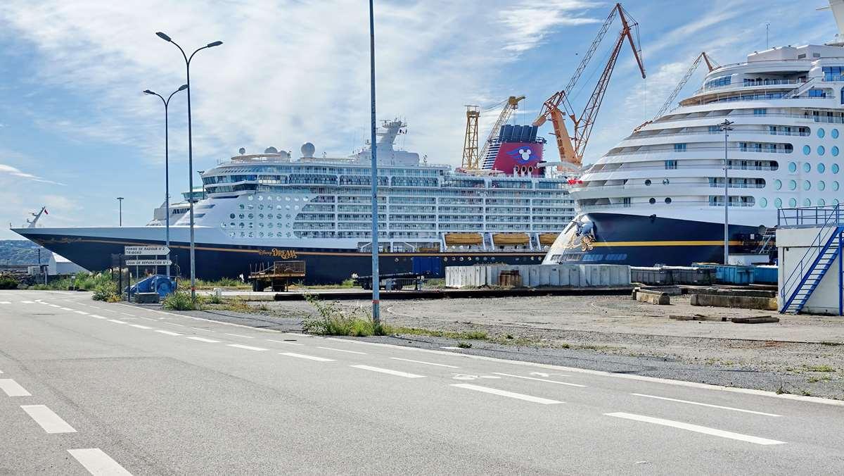 [Vie des ports] BREST Ports et rade - Volume 001 - Page 17 Dsc07990