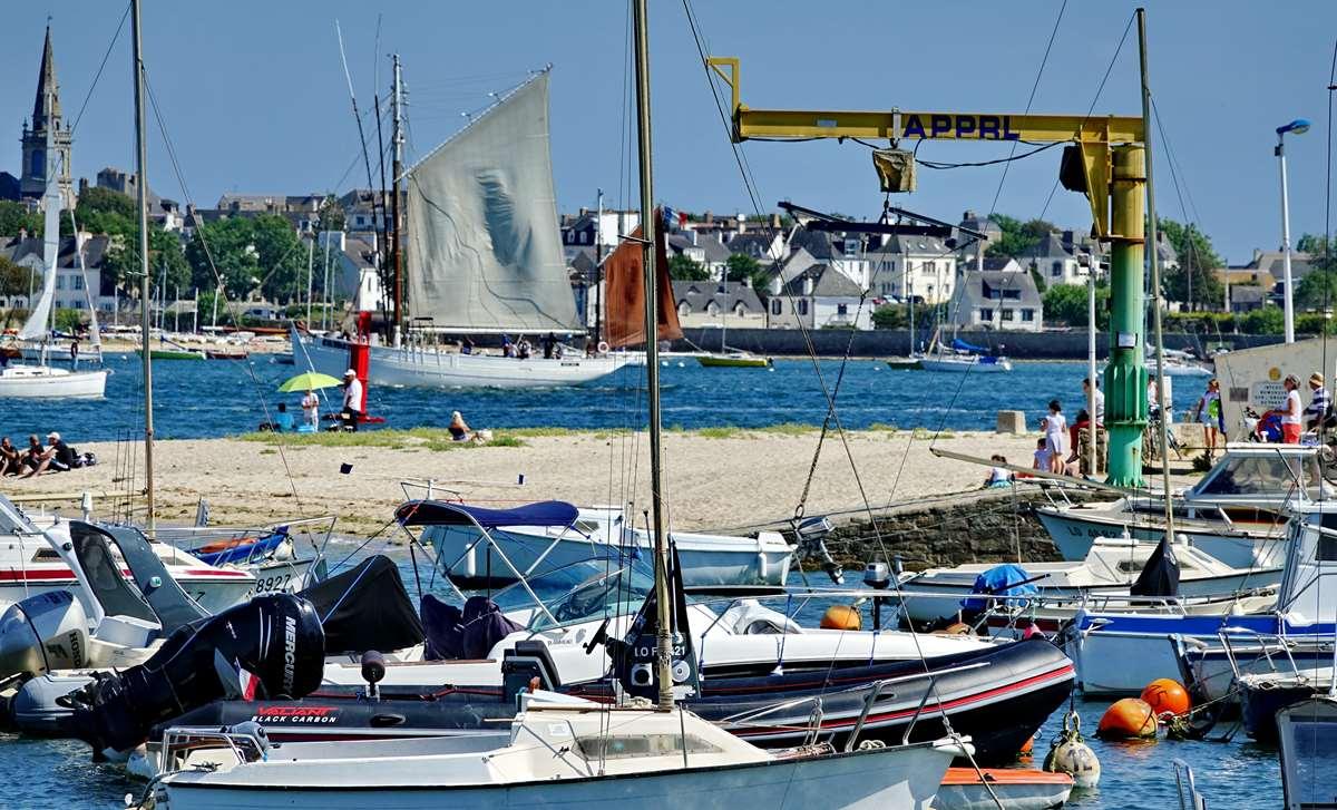 [Vie des ports] LE PORT DE LORIENT VOLUME 003 - Page 31 Dsc09108