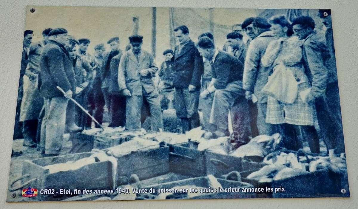 [Vie des ports] Etel d'aujourd'hui et son histoire de la pêche au thon - Page 3 Dsc09996