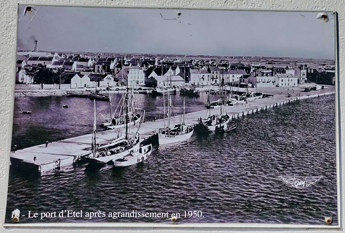 [Vie des ports] Etel d'aujourd'hui et son histoire de la pêche au thon - Page 3 Dsc10008