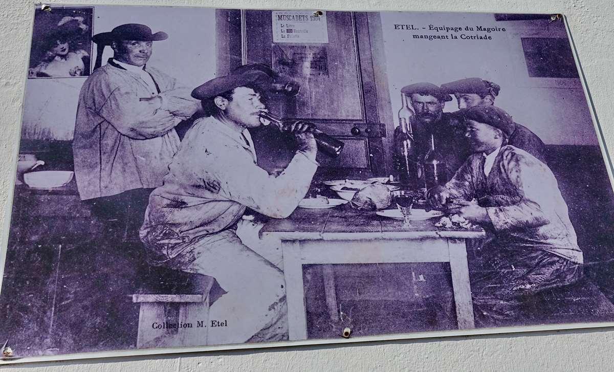 [Vie des ports] Etel d'aujourd'hui et son histoire de la pêche au thon - Page 3 Dsc10011