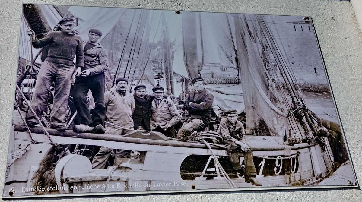 [Vie des ports] Etel d'aujourd'hui et son histoire de la pêche au thon - Page 3 Dsc10016