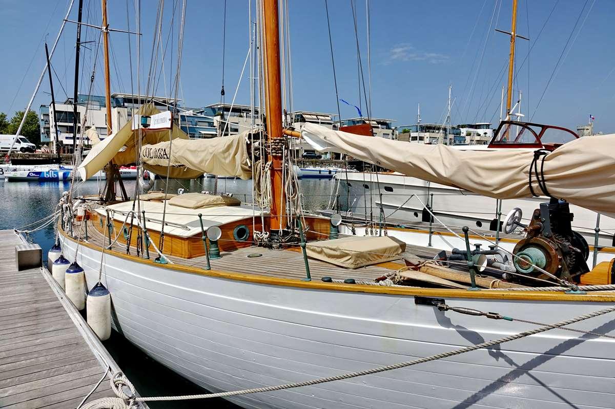 [Vie des Ports ] Port de La Rochelle  - Page 6 Dsc10160