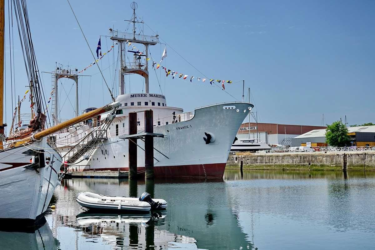 [Vie des Ports ] Port de La Rochelle  - Page 6 Dsc10177