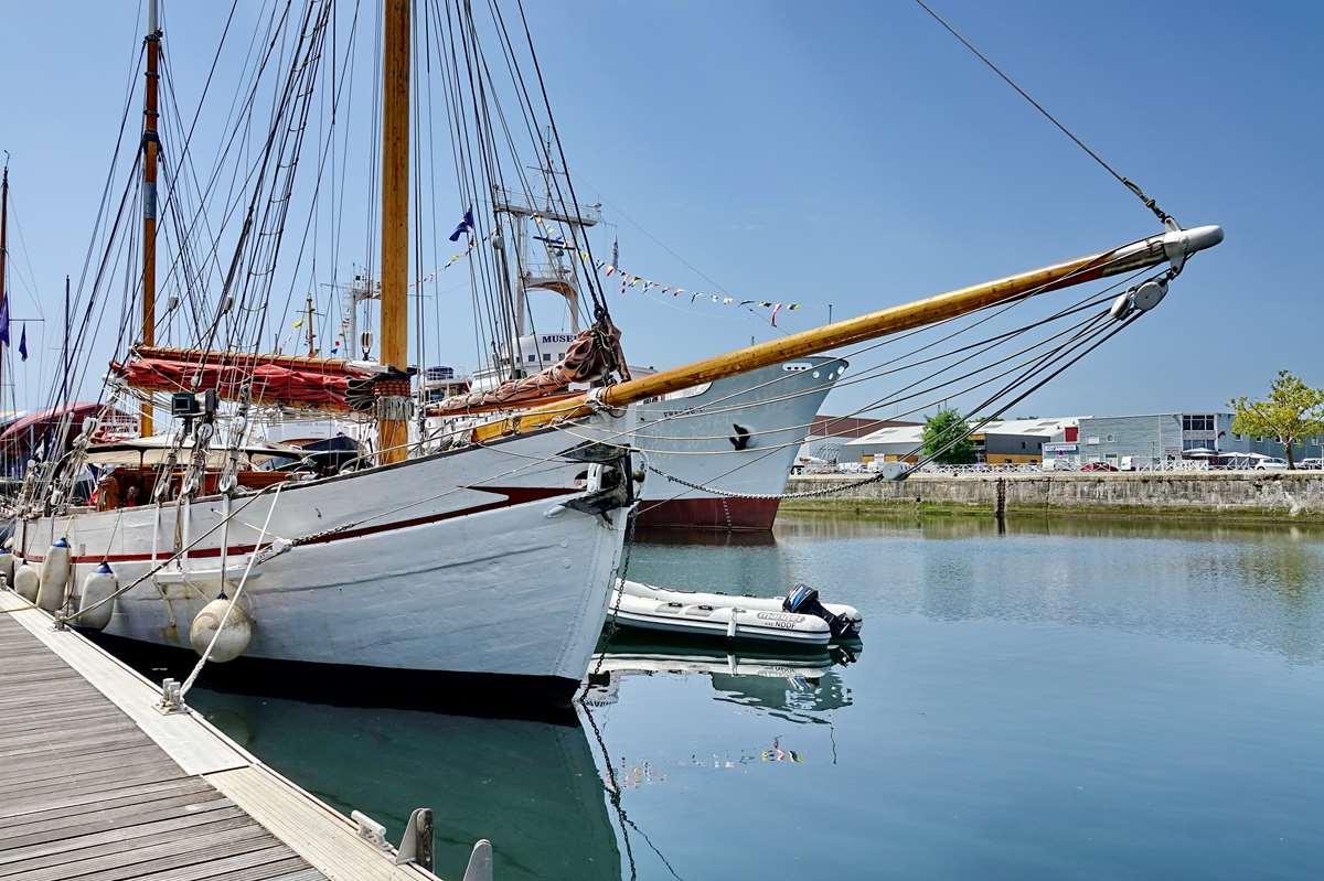 [Vie des Ports ] Port de La Rochelle  - Page 6 Dsc10179
