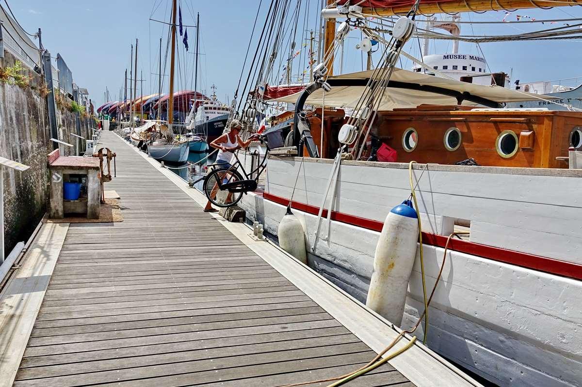 [Vie des Ports ] Port de La Rochelle  - Page 6 Dsc10181