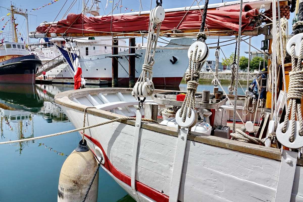 [Vie des Ports ] Port de La Rochelle  - Page 6 Dsc10189