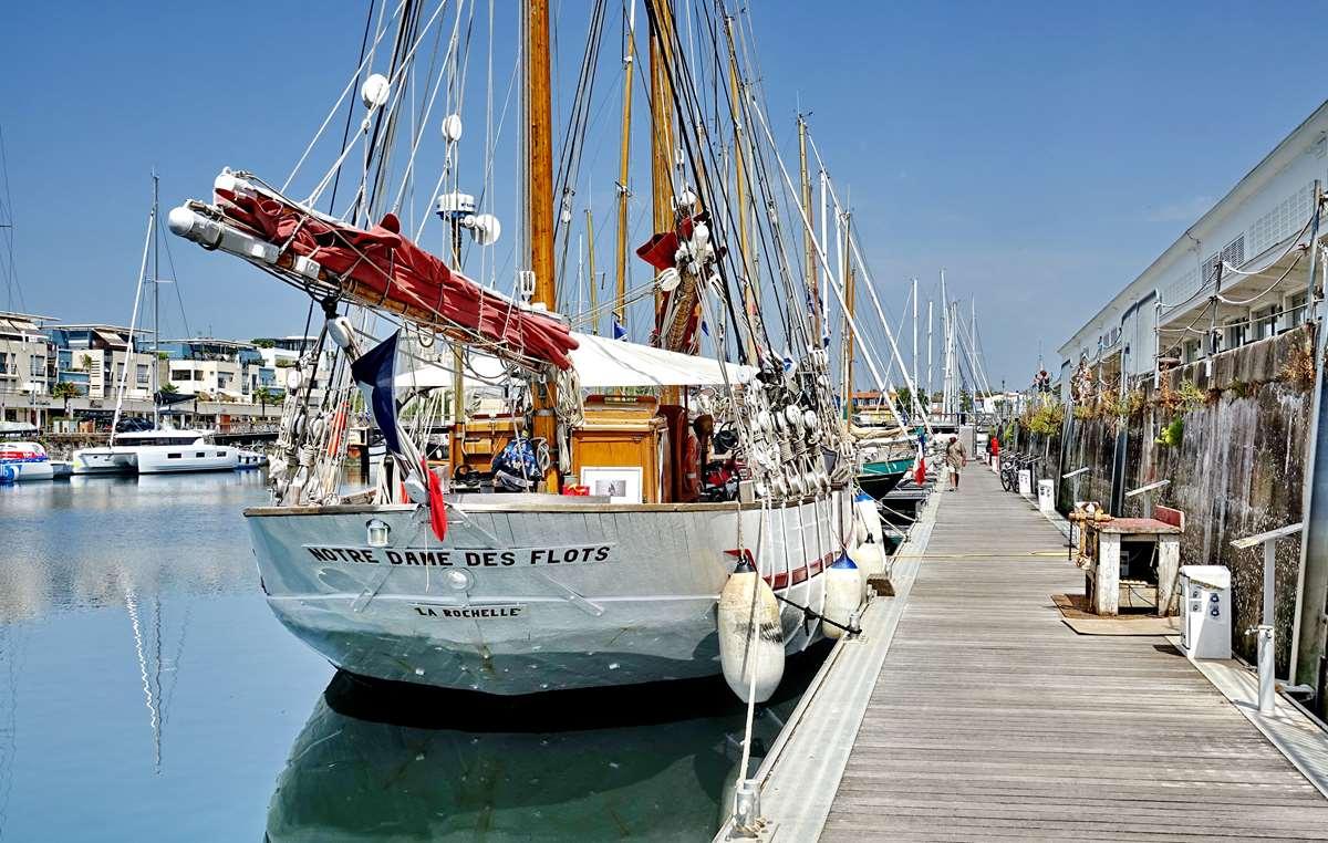 [Vie des Ports ] Port de La Rochelle  - Page 6 Dsc10195