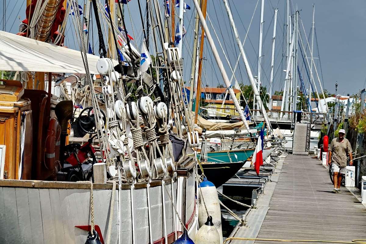 [Vie des Ports ] Port de La Rochelle  - Page 6 Dsc10197