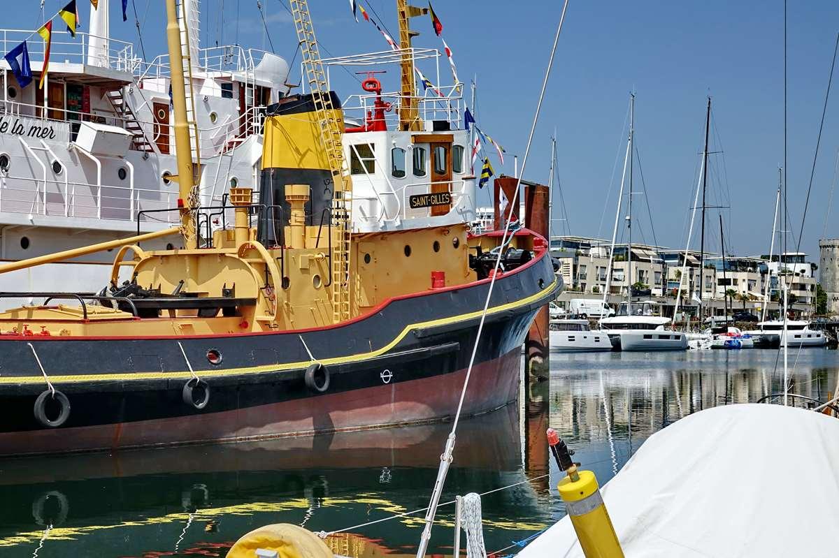 [Vie des Ports ] Port de La Rochelle  - Page 6 Dsc10213