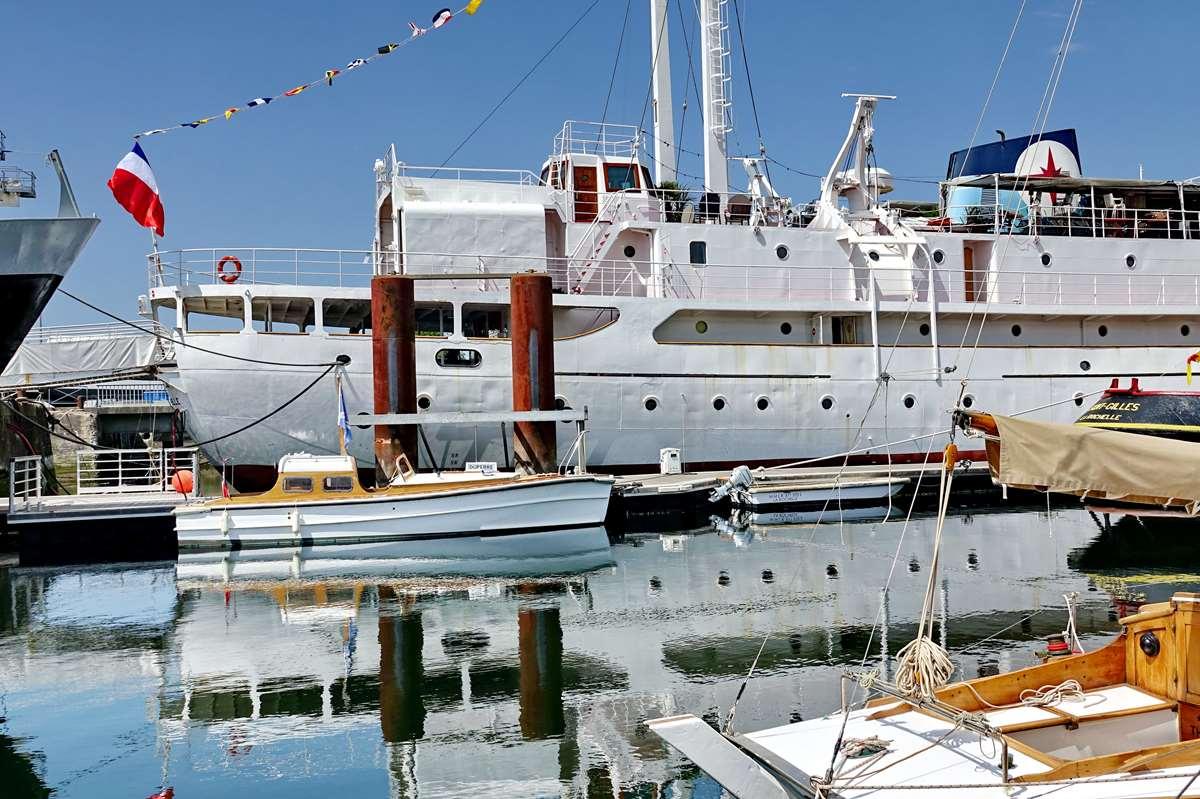 [Vie des Ports ] Port de La Rochelle  - Page 6 Dsc10214