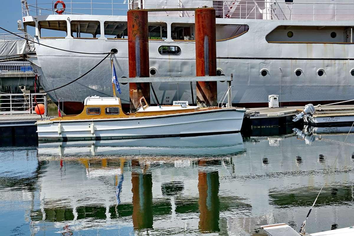 [Vie des Ports ] Port de La Rochelle  - Page 6 Dsc10215