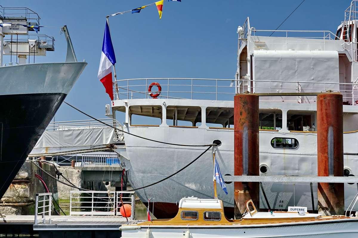 [Vie des Ports ] Port de La Rochelle  - Page 6 Dsc10216