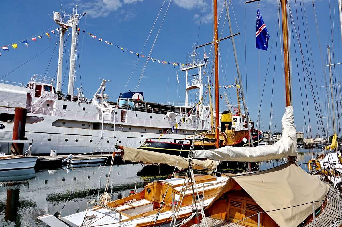[Vie des Ports ] Port de La Rochelle  - Page 6 Dsc10220