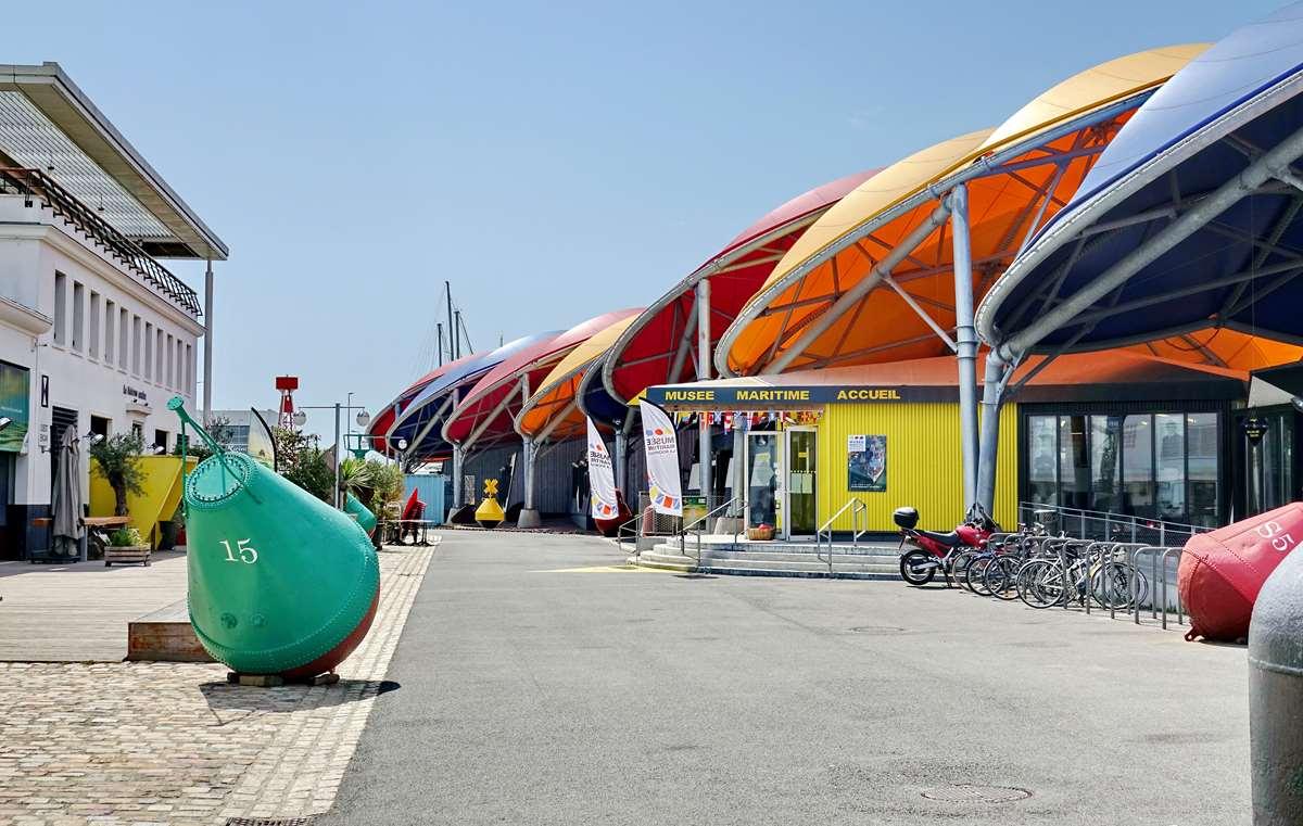 [Vie des Ports ] Port de La Rochelle  - Page 6 Dsc10225