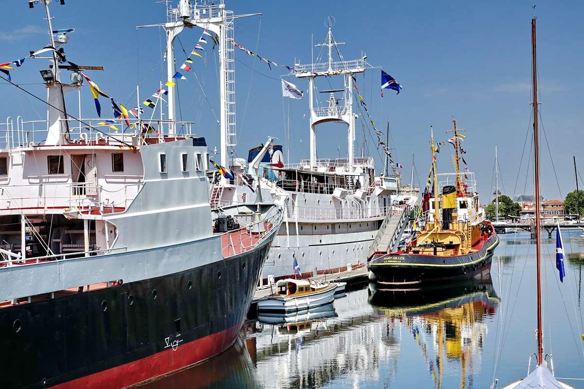 [Vie des Ports ] Port de La Rochelle  - Page 6 Dsc10226