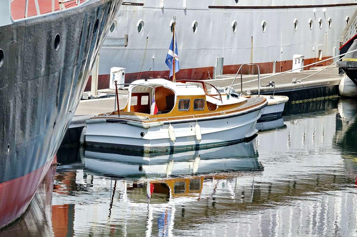 [Vie des Ports ] Port de La Rochelle  - Page 6 Dsc10227