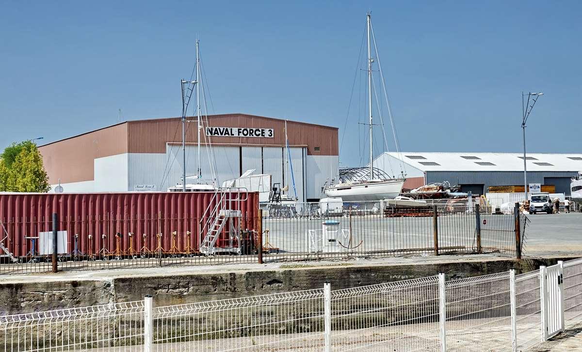 [Vie des Ports ] Port de La Rochelle  - Page 6 Dsc10244