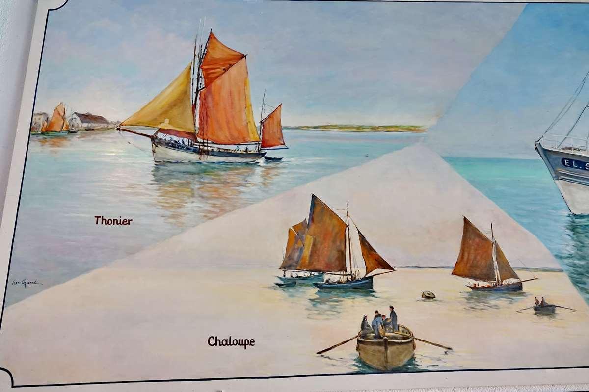 [Vie des ports] Etel d'aujourd'hui et son histoire de la pêche au thon - Page 4 Dsc10468