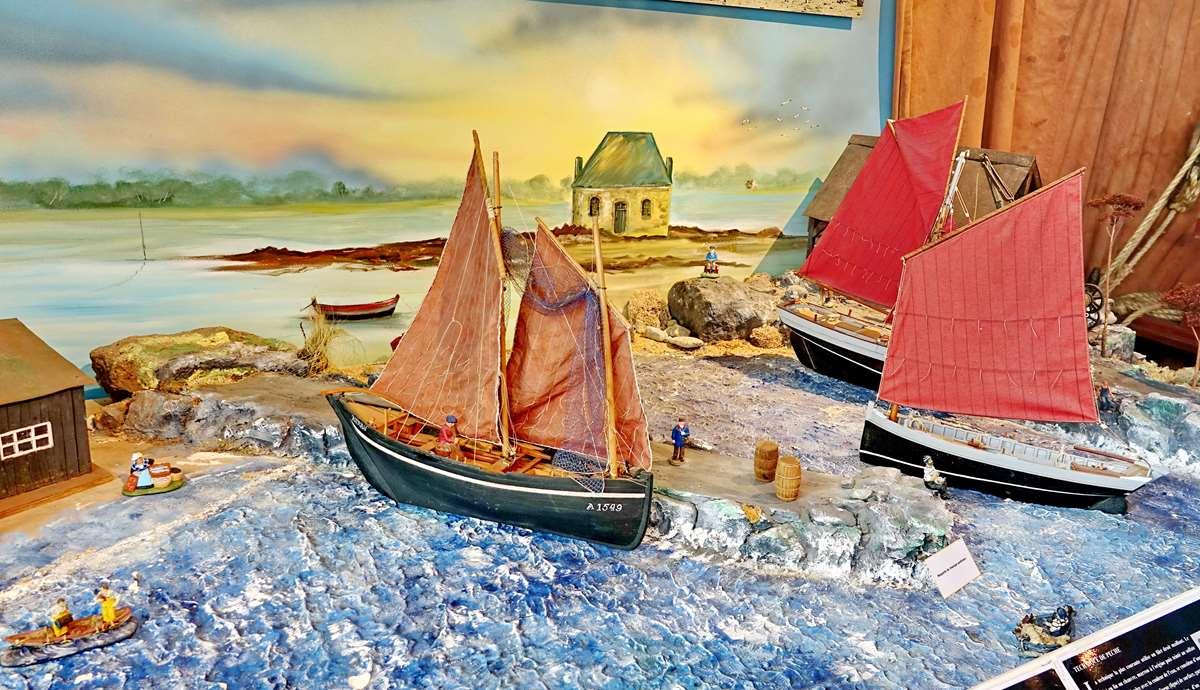 [Vie des ports] Etel d'aujourd'hui et son histoire de la pêche au thon - Page 4 Dsc10491