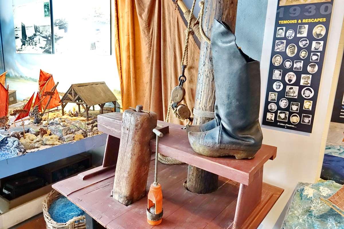 [Vie des ports] Etel d'aujourd'hui et son histoire de la pêche au thon - Page 4 Dsc10515