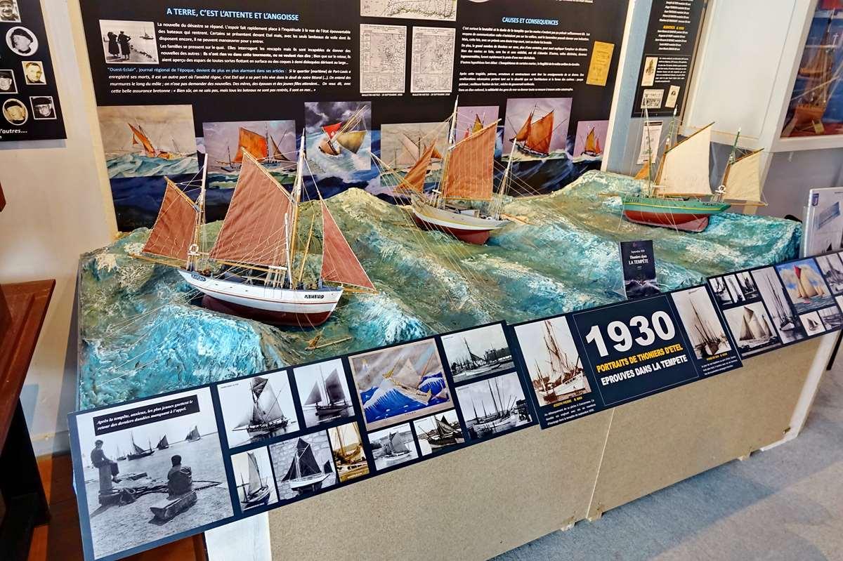 [Vie des ports] Etel d'aujourd'hui et son histoire de la pêche au thon - Page 4 Dsc10516