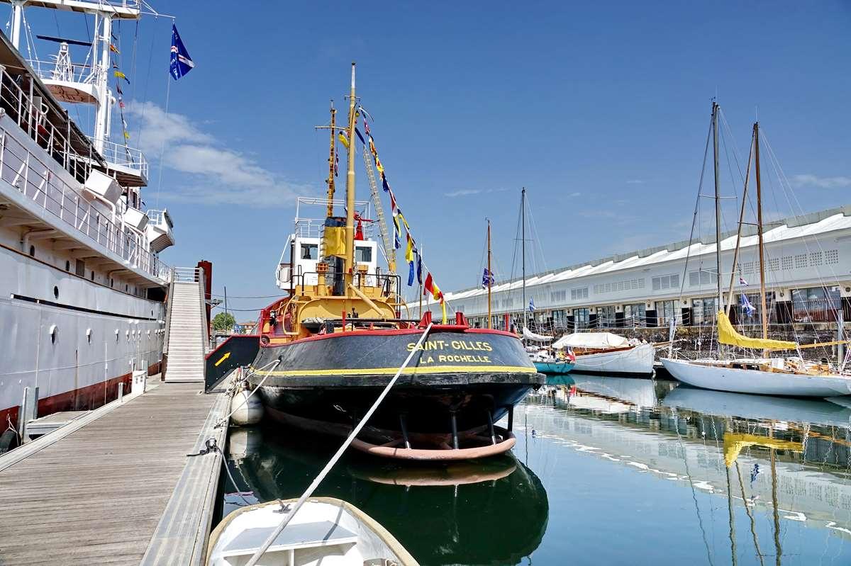 [Vie des Ports ] Port de La Rochelle  - Page 8 Dsc10544
