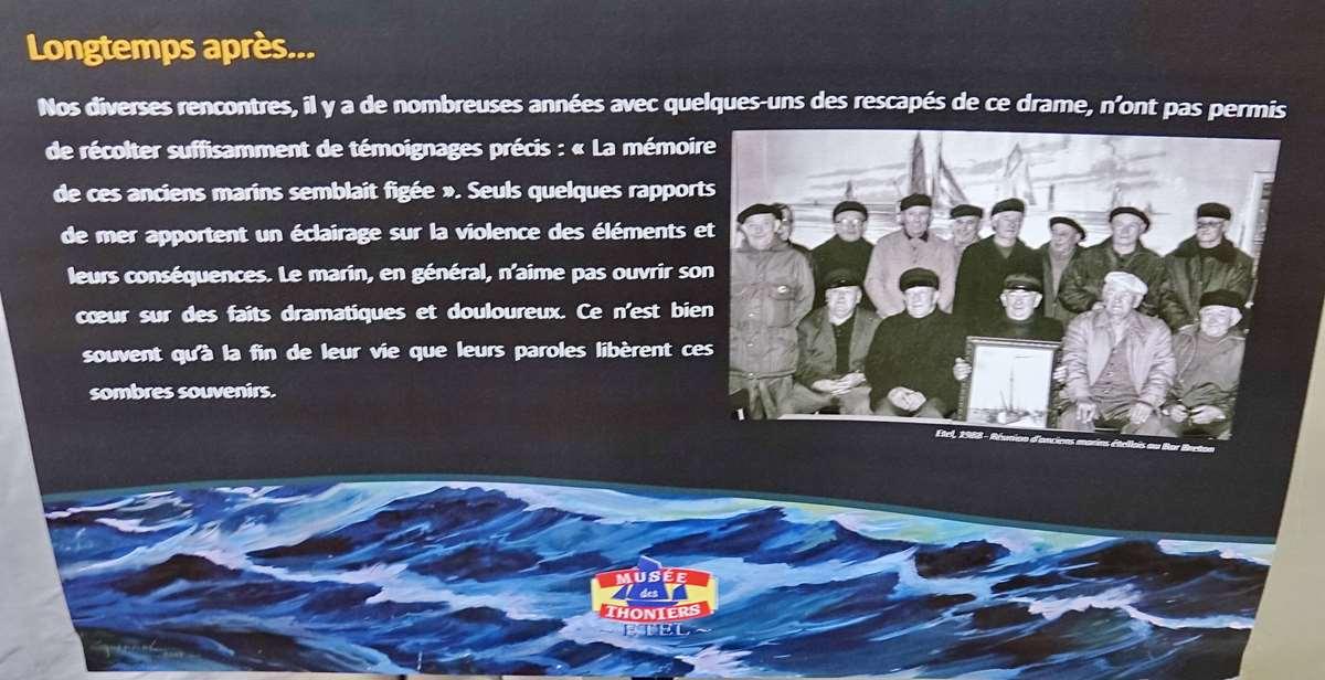[Vie des ports] Etel d'aujourd'hui et son histoire de la pêche au thon - Page 4 Dsc10569