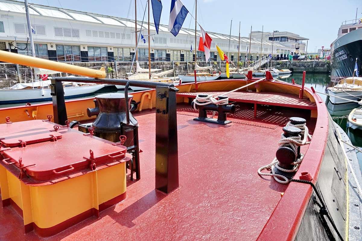 [Vie des Ports ] Port de La Rochelle  - Page 8 Dsc10685