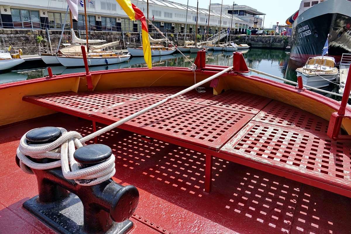 [Vie des Ports ] Port de La Rochelle  - Page 8 Dsc10690