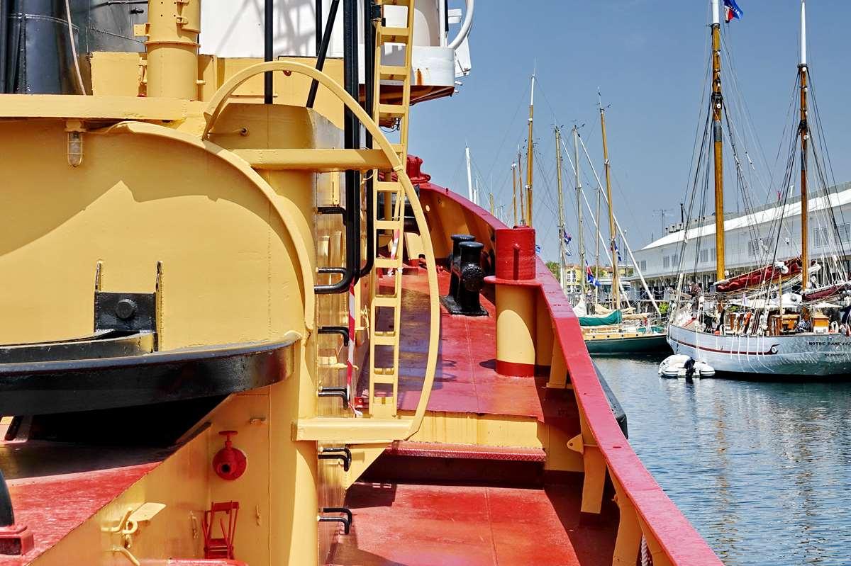 [Vie des Ports ] Port de La Rochelle  - Page 8 Dsc10696