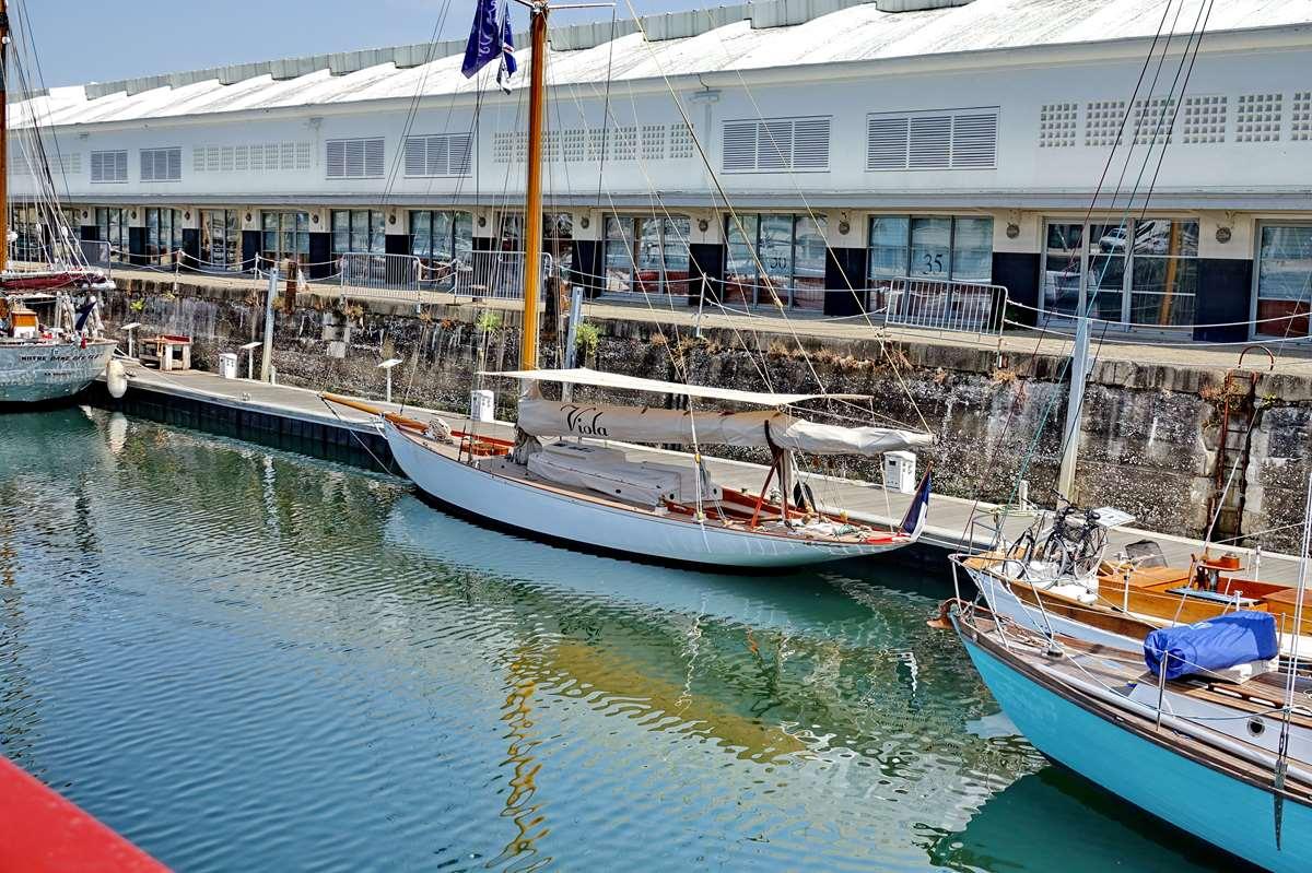 [Vie des Ports ] Port de La Rochelle  - Page 8 Dsc10703