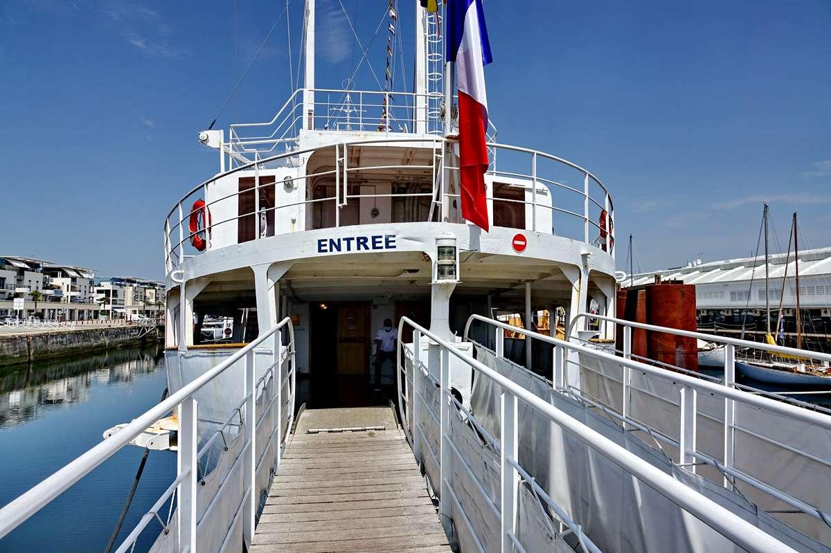 [Vie des Ports ] Port de La Rochelle  - Page 8 Dsc10730