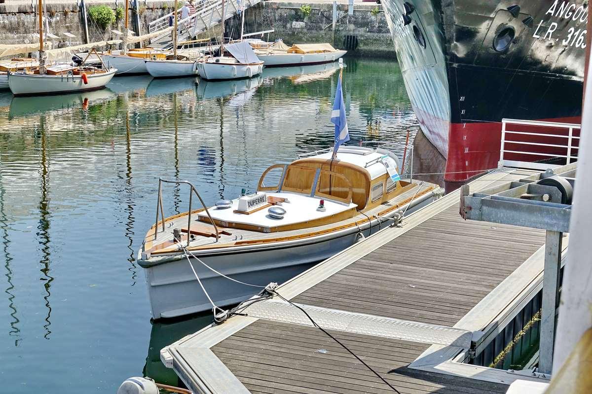 [Vie des Ports ] Port de La Rochelle  - Page 9 Dsc11162