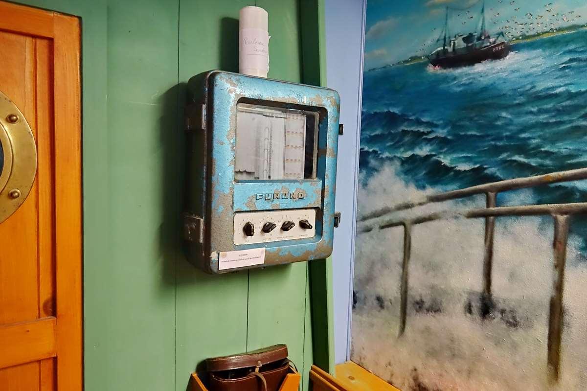 [Vie des ports] Etel d'aujourd'hui et son histoire de la pêche au thon - Page 5 Dsc11306