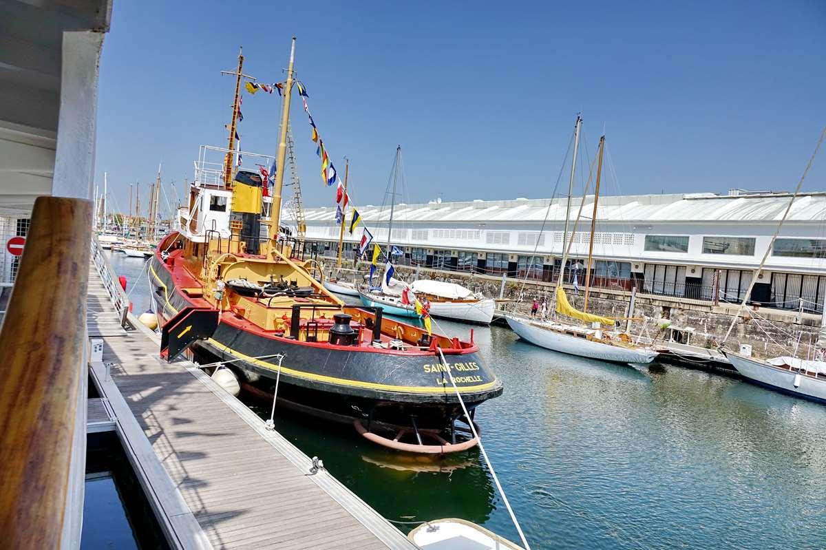 [Vie des Ports ] Port de La Rochelle  - Page 11 Dsc11644